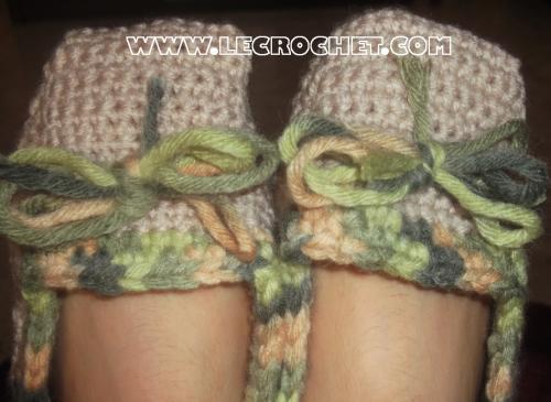 Chausson au crochet écru