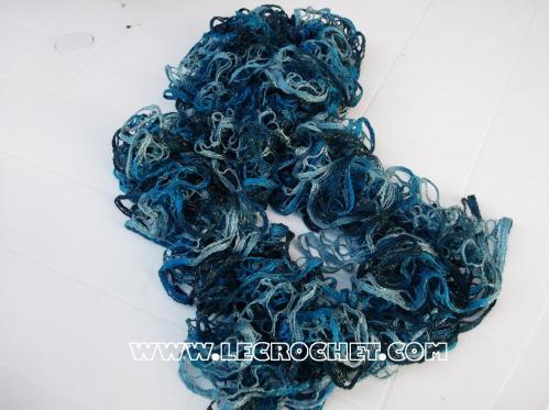 Echarpe froufrou chinée bleue