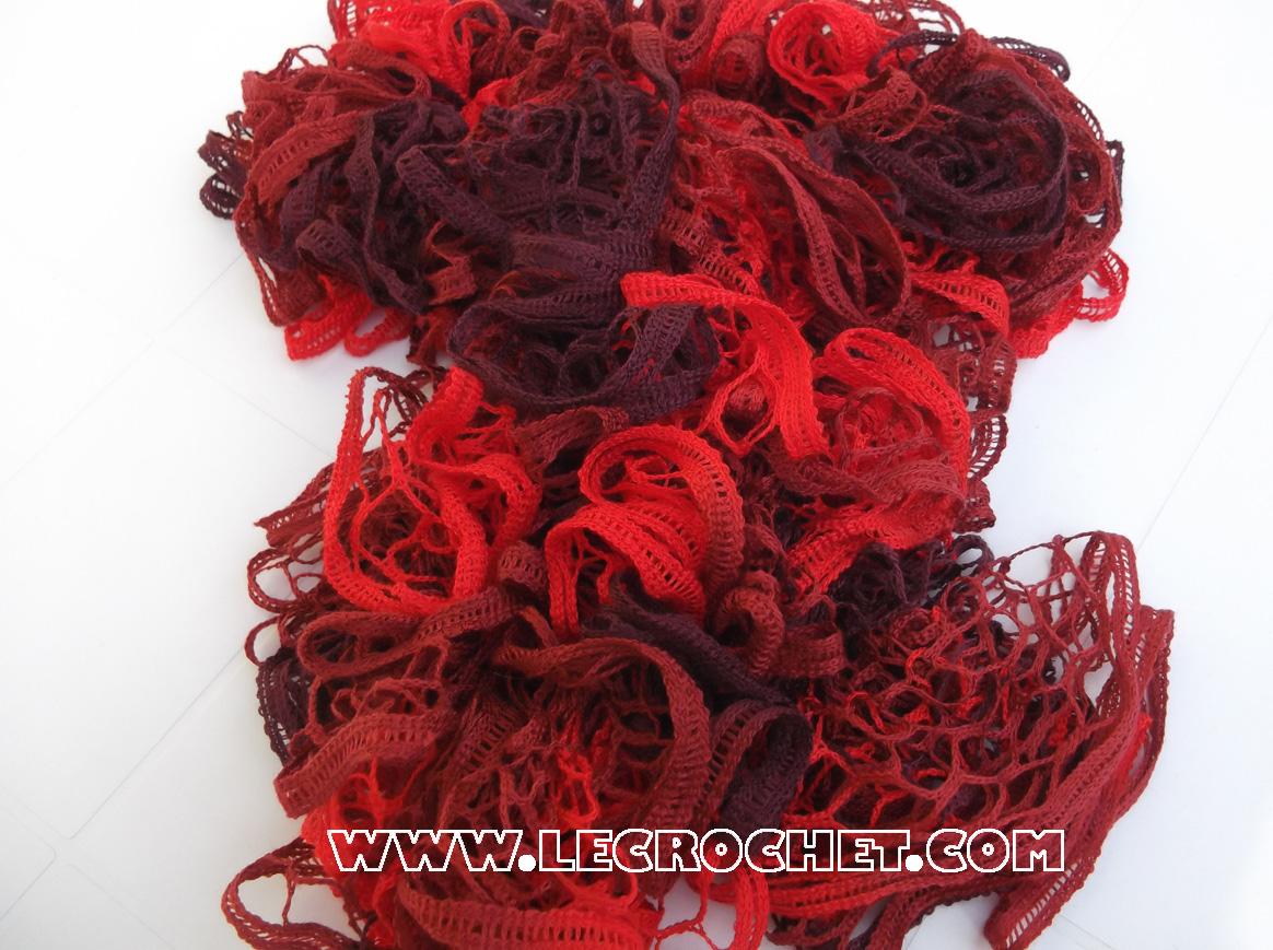 écharpe froufrou rouge et bordeau