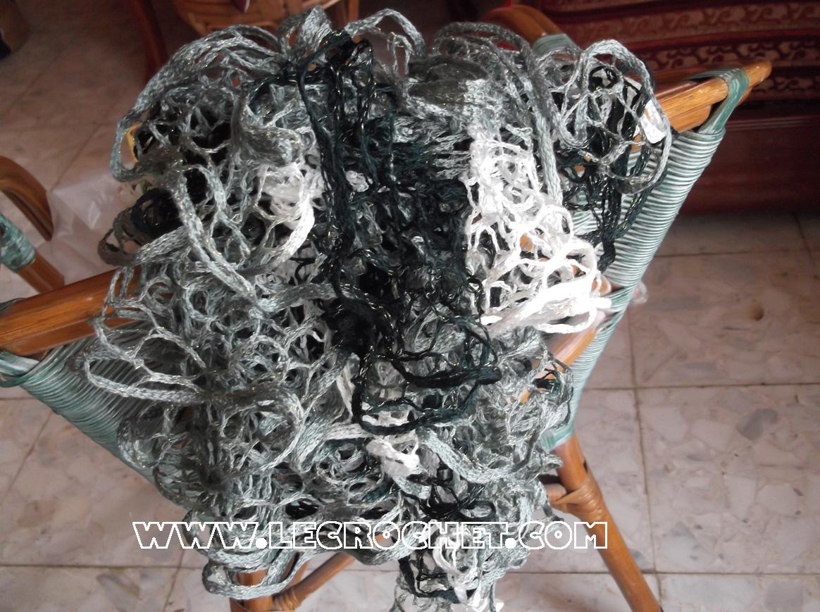 Echarpe froufrou chinée grise-noire-blanche