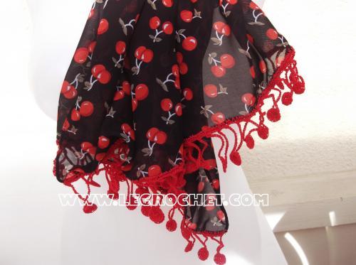 foulard original rouge et noir