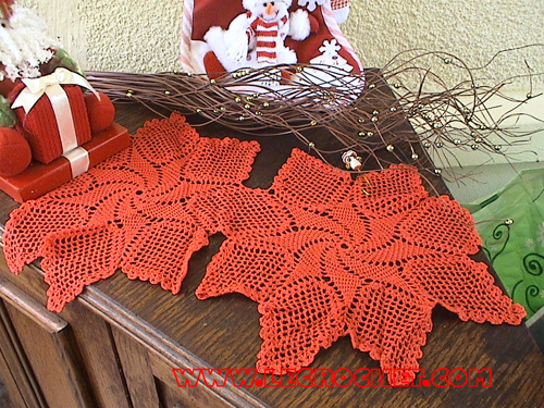 Chemin de table au crochet