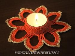 bougeoir au crochet rouge