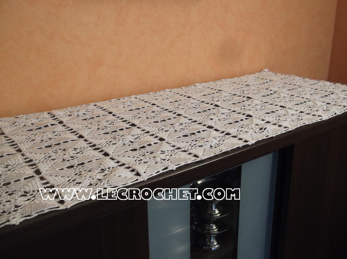Le crochet tarif chemin de table for Chemin de table crochet
