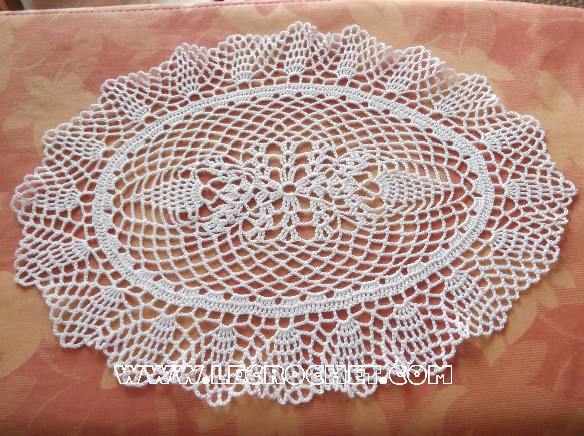 Napperon ovale napperon au crochet le crochet napperon crochet - Napperon dentelle crochet ...