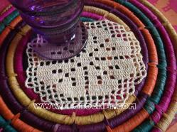 sous verre au crochet filet